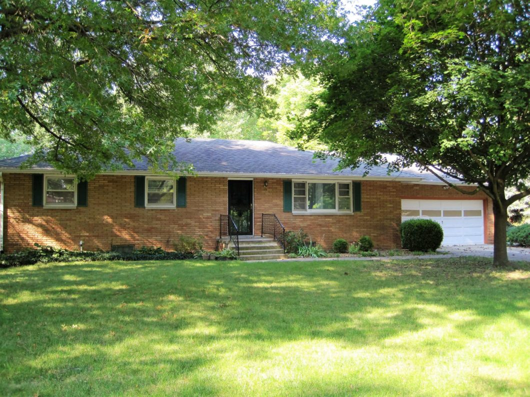 1107 Broadmoor Dr Champaign Il 61820 House For Rent